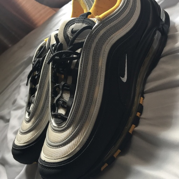 buy online 80a8a 8f959 Air max 97 Black and yellow